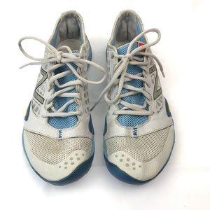 New Balance Minimus Vibram Womens Sneakers Size 10